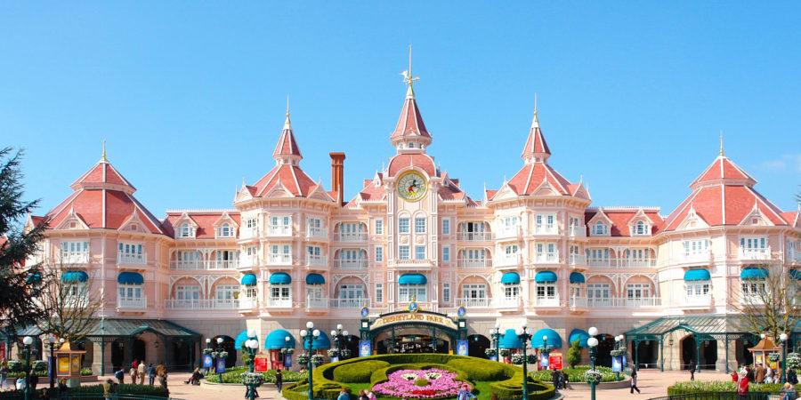 disneyland-hotel-HD-2-900×450